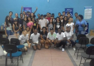MFC Conselheiro Lafaiete: Reunião Crer-Sendo Adolescentes