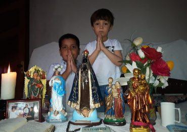MFC Pitangui: Intercessão a Nossa Senhora Aparecida