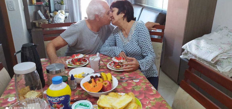 MFC Cariacica: Celebração de Ação de Graças por Aniversário de Matrimônio