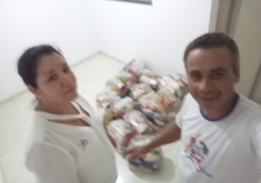 MFC Janaúba: Doação de Cestas Básicas