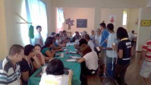 Coordenadores_de_Cidades_reunidos_em_grupos_discutindo_sobre_indicacoes_de_nomes_para_o_processo_de_sucessao_da_Coordenacao_Estadual_do_MFC-MG_(1)