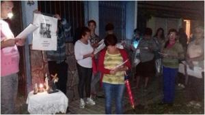 Durante_a_ultima_quaresma_o_MFC_da_cidade_realizou_cinco_vias-sacras_da_familia_nos_bairros